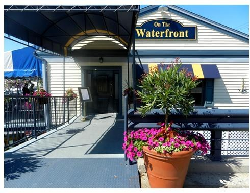 On The Waterfront - Casual family dining featuring American fare.